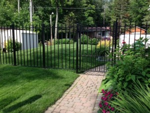 Arrow Fence Panels with Sonoma Ped Gate
